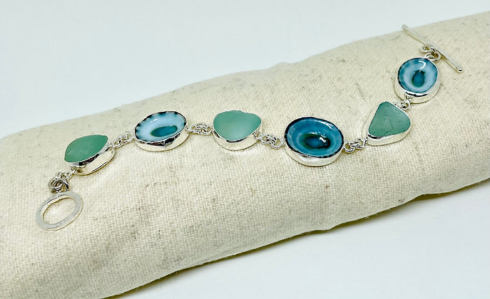 Limpet and Seafoam Seaglass Bracelet