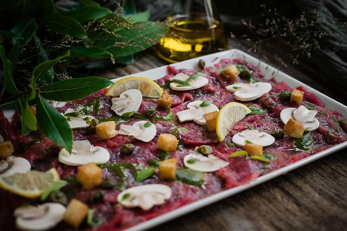 la-trattoria-été-2020-salade&carpaccio