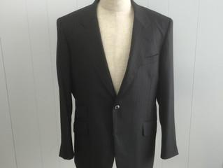 R・M 様オーダースーツのご紹介です。
