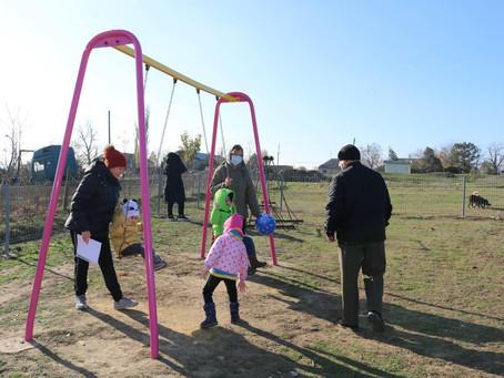 Инициативная группа г.Вулканешты реализовала проект по строительству детской площадки