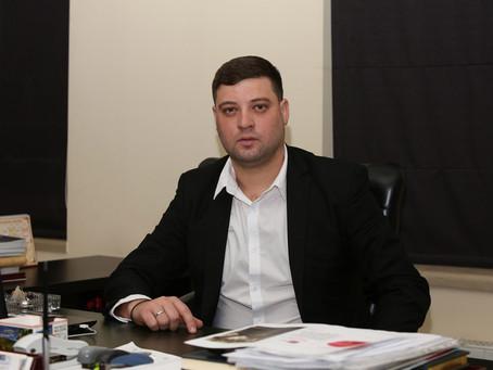 Примар города Фалешты Александр Северин выражает поддержку Виктору Петриоглу