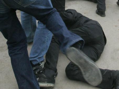 Трое жителей Вулканешт рискуют сесть в тюрьму за избиение пограничного полицейского