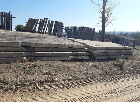 Примар города Вулканешты проинспектировал ход работ установки дорожных плит по переулку Кагульский