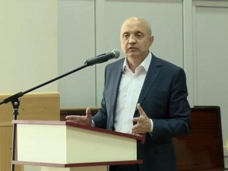 Депутат: Траты на содержание башкана — 13,5 млн. леев в год