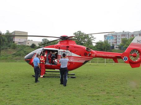 Последний рейс упавшего вертолета SMURD: врач фотографировалась с юным жителем Вулканешт