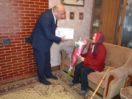 Примар Вулканешт Виктор Петриоглу поздравил с юбилеем Кушнир Веру Константиновну