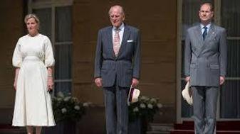 DofE Earl of Wessex.jpg