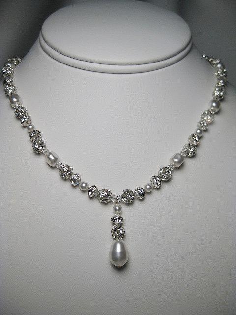 Grace Pendant Bridal Necklace