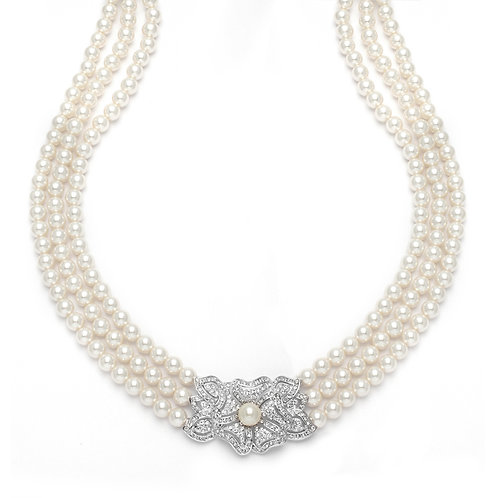 Garbo Pearl Necklace