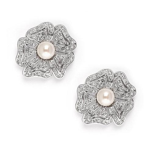Garbo Pearl Earrings- Sample