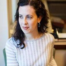 Lara Traeger.jpg