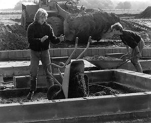 Bau des Jugendzeltplatzes in Almke