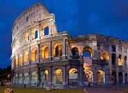 Accompagnez d'un guide francophone, explorez le monument le plus symbolique de Rome: le Colisée! Vous dévouvrirez les secrets du monuments et des combats sanglants des gladiateurs qui s'y passèrent !