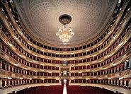 Le Teatro alla Scala de Milan est l'un des théâtres les plus célèbres du monde. Au cours de cette visite guidée, explorez son musée et sa longue et fascinante histoire, ses mystères...