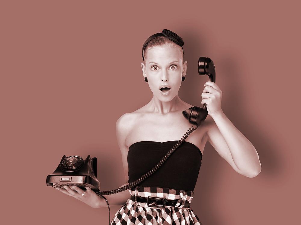 Amoureuse ? Oui.... mais du téléphone !