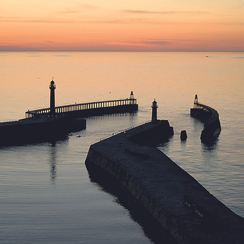 Whitby - Harbour mouth at dusk