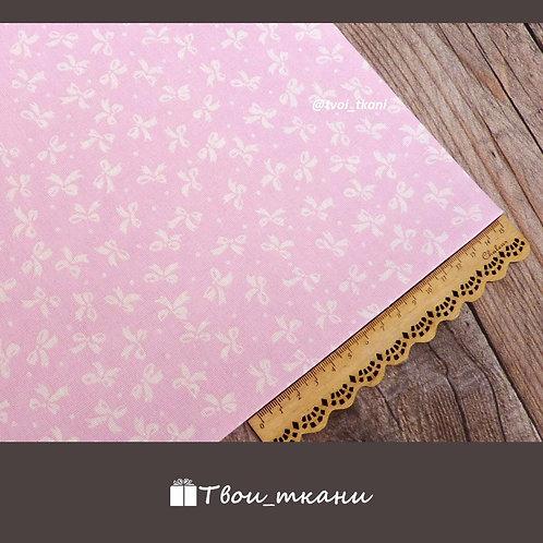 Бантики на розовом