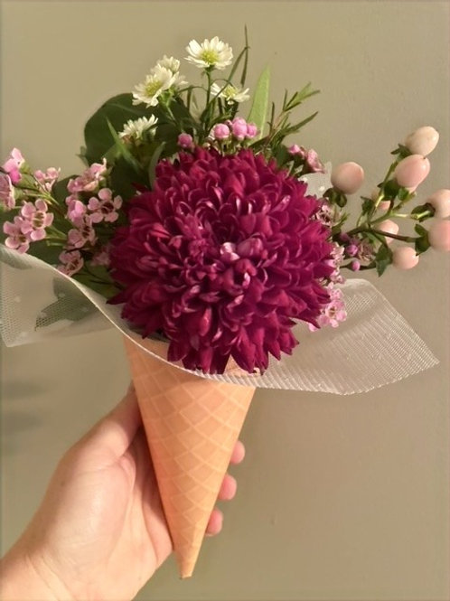 """Kiddie Cone"" Floral Cone"