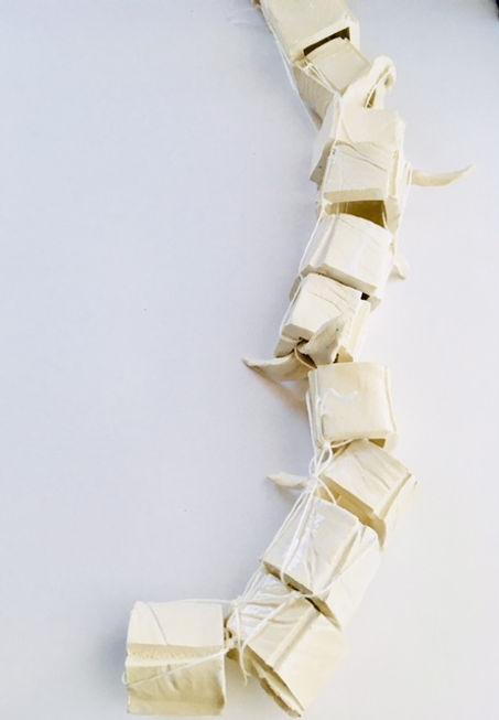 audrey-amaia-ceramique squelette art