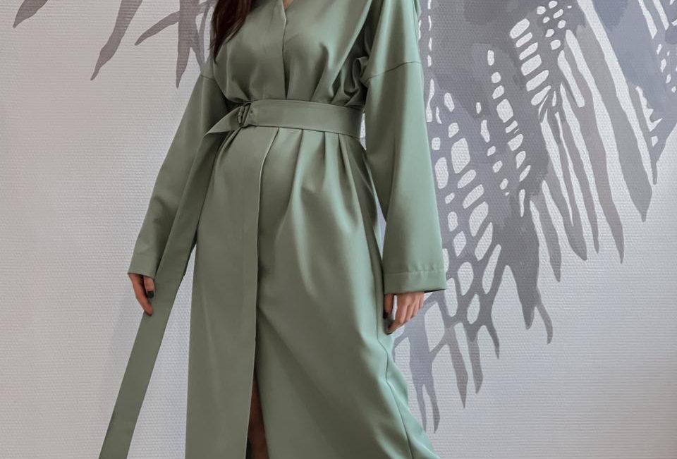 Платье с потайной планкой