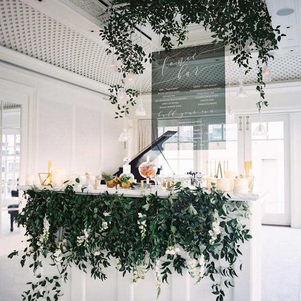 custom-bar-at-wedding-lisa-ziesing-for-a