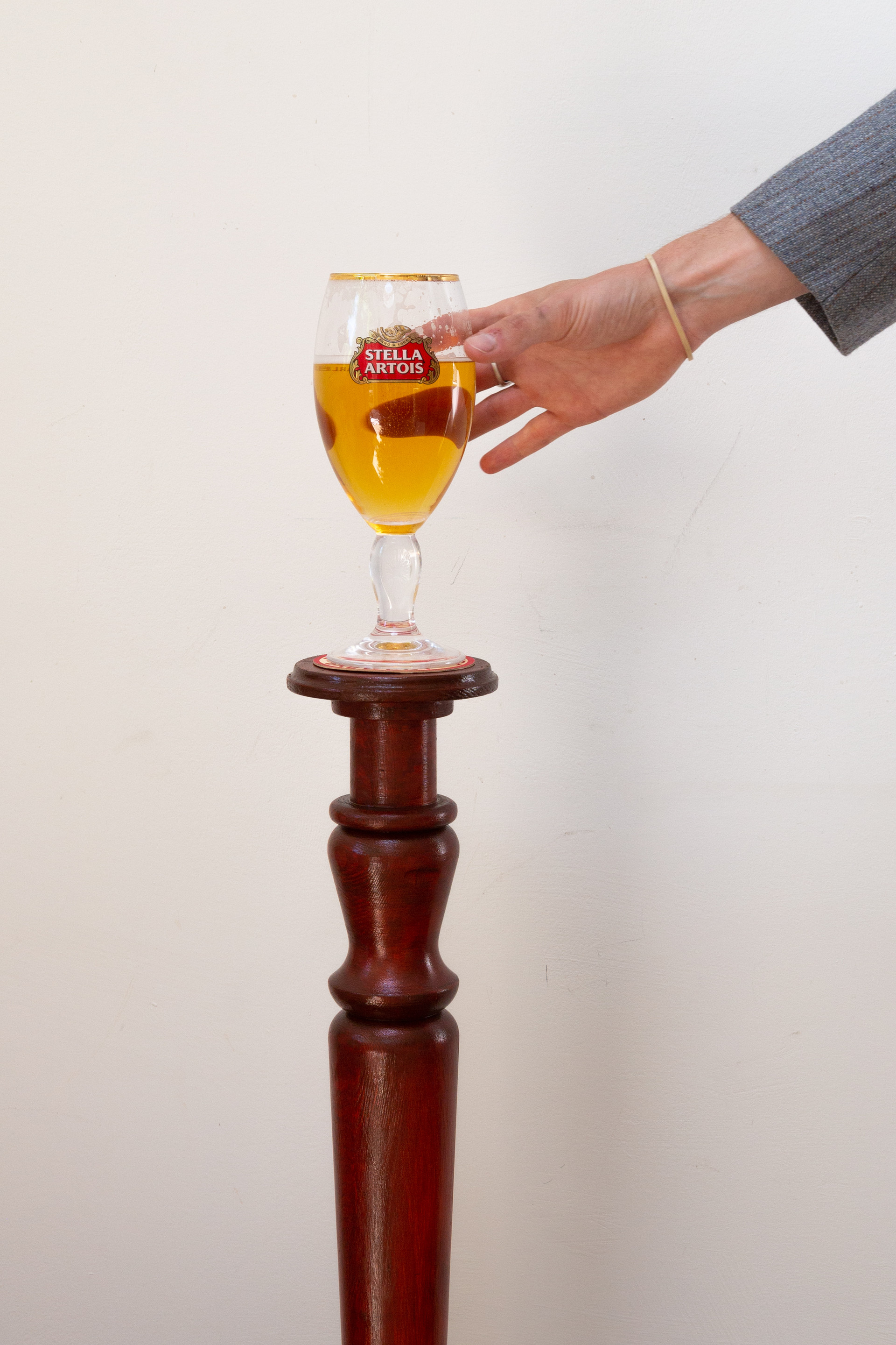 ONE PINT TABLE -6.jpg