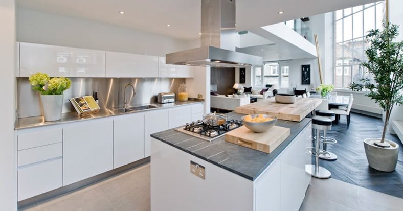 Catherine Wilman Interiors - Open plan living at an apartment in Old Church Street, Chelsea, SW3
