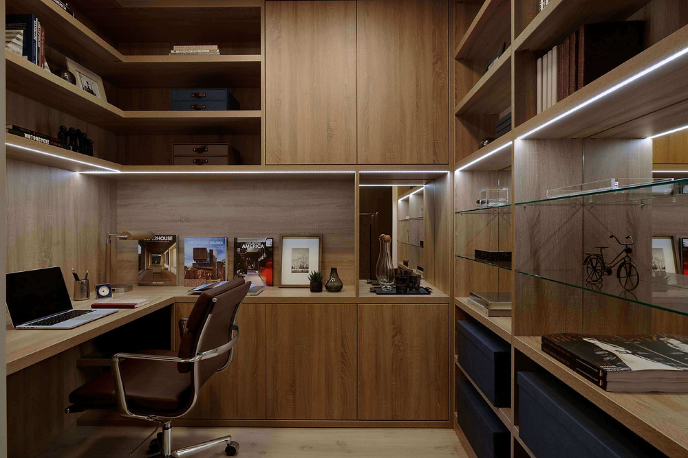 Desk and units for a home office setup by Neatsmith