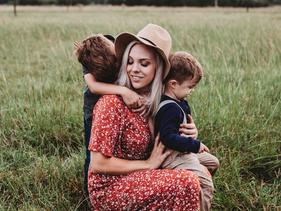 """01.09 Онлайн встреча для родителей: """"Травля (буллинг) в школе и в соцсетях: как помочь ребёнку?"""""""