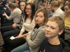 Подростки из кризисных семей посетили театр РАМТ