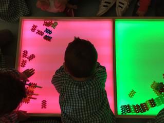 Experimentem amb la nova taula de llums