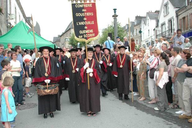 Fête_de_l'andouille_-_Guemene_sur_scorff.jpg