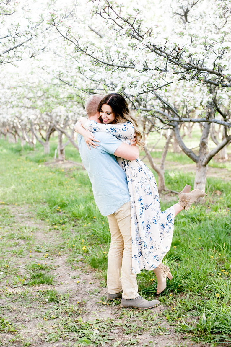 LIDA + ROMNEY ENGAGEMENTS IN AN ORCHARD