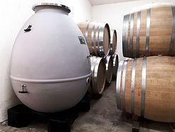 Barriques et cuve en forme d'oeuf | L'Or des Terres | Vin sans soufre | Vin naturel | Vin sans sulfites