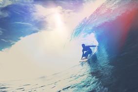 Surfer Reiten Welle