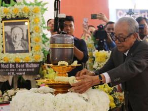 Hommage : Les cendres du Dr Beat Richner reposent à Siem Reap