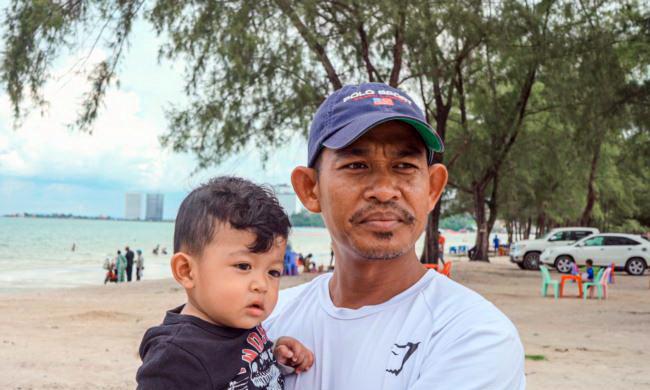 Chhin Eng, chauffeur de taxi cambodgien