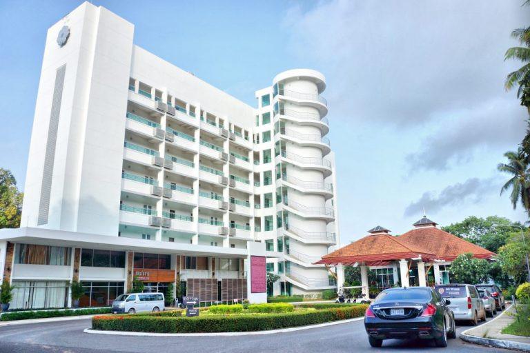 l'Independence Hotel de Sihanoukville n'est pas un hôtel comme les autres