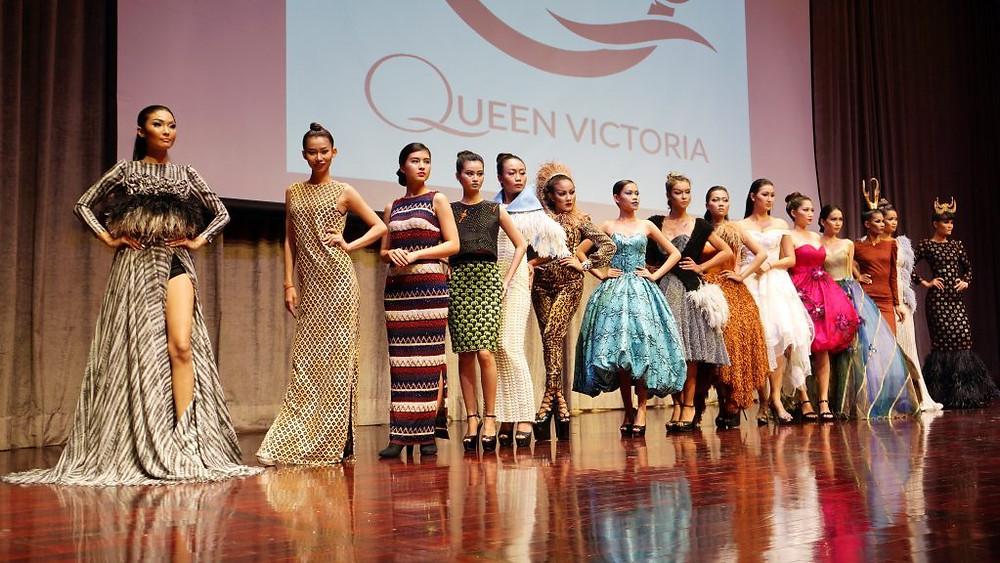 Le Queen Victoria Fashion show, présenté lors de cette soirée, par le jeune et talentueux styliste Oliva Kong.
