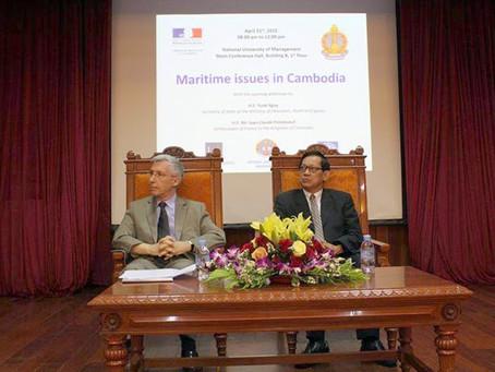 Conférence sur les enjeux maritimes au Cambodge