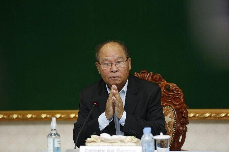 Le ministre de la Santé, S.E. Mam Bunheng