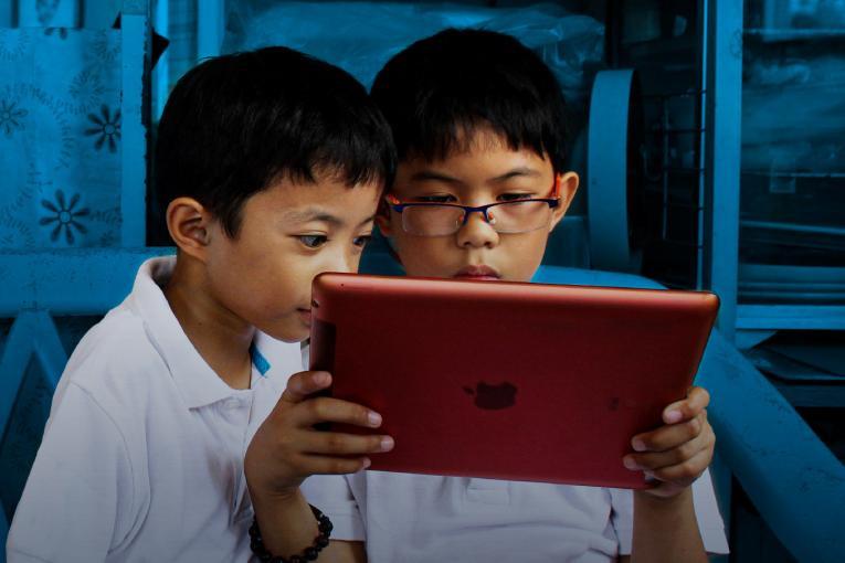Apprentissage en ligne, témoignages, principaux défis et suggestions