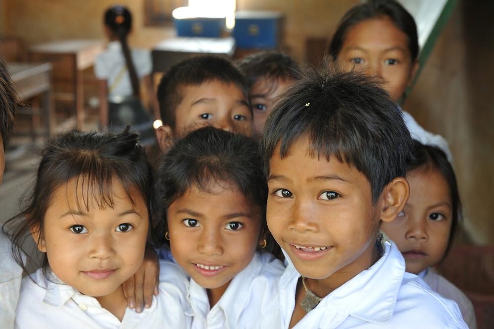 Au Cambodge (ici à Kratié), les enfants ..