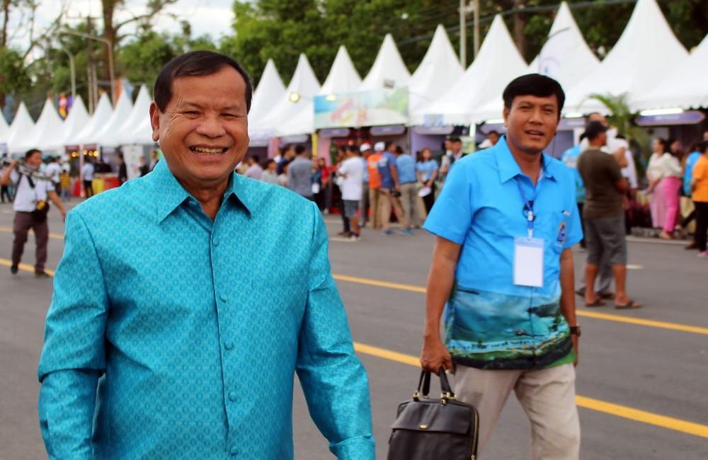 S.E. Dr Thong Khon, Ministre du tourisme