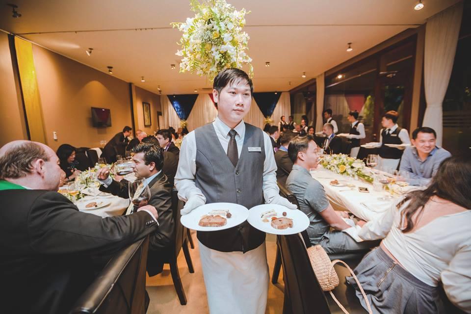 Deuxième Diner de la Chaîne des Rôtisseurs au restaurant Topaz à Phnom Penh