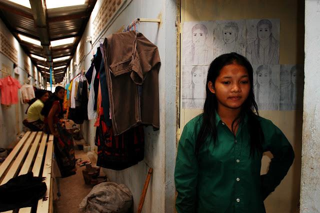 Ouvrières du textile au Cambodge pendant la pause. Photographie ILO (CC)
