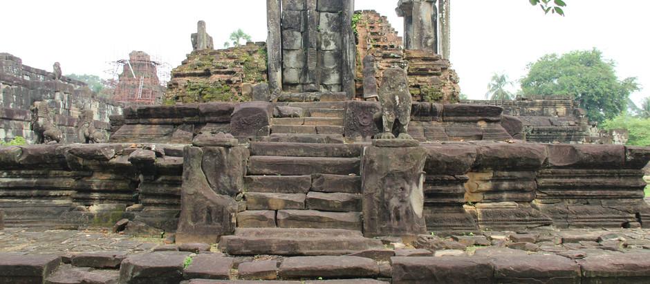 Cambodge & Culture : Bakong, le premier temple — montagne