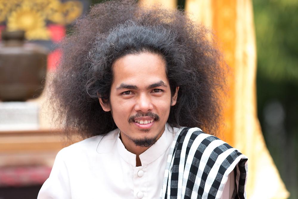 Reaksmey Yean, écrivain, chercheur, et directeur de programmation de la galerie
