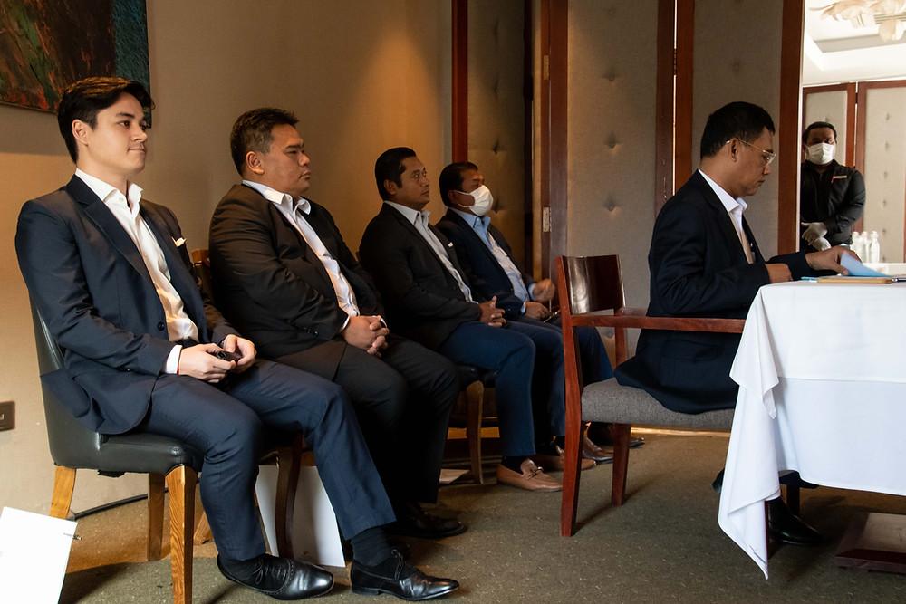 David Jaya Piot, Pdt de l'antenne locale du CHA, Luu Meng, Pdt du CTF, et Philip Kao, Pdt du CTF Siem Reap