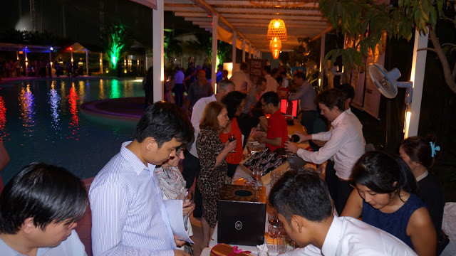 Le coin dégustation du restaurant Khéma, parmi les plus visités de la soirée